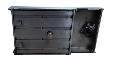 shuttering magnet bottom view