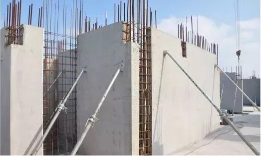 Neat prefabricated building construction site